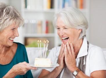 Lahja 70 vuotiaalle naiselle | Valitse elämyslahja